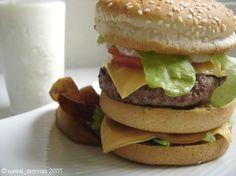 Mon Double Cheese Burger very High Calories | Les Casseroles de Nawal