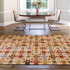 Kelim Traditional Rug is made using a blend of wool and jute fibres. Timeless abstract designs make this rug worth while. Jute, Console, Orange Rooms, Dining Room Inspiration, Traditional Rugs, Warm Colors, Colours, Rug Making, Decoration
