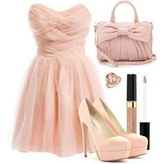 This dress is the most beuatifull !! <3