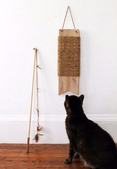 Cats Toys Ideas - Fun and Easy DIY Cat Toys to Make for Your Favourite Feline - Ideal toys for small cats Diy Cat Toys, Pet Toys, Diy Pour Chien, Ideal Toys, Unique Toys, Cat Scratching Post, Cat Scratcher, Animal Projects, Diy Projects