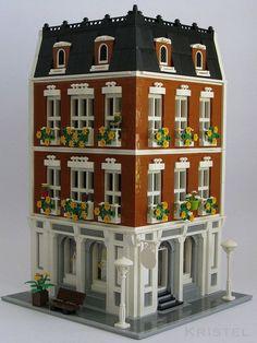 Beloved Belle Modular by kristel #modular #brickadelics #lego #building http://ift.tt/1zemKLL: