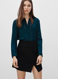SUNDAY BEST RENSIN BLOUSE - <p>A frill-front blouse that has no problem transitioning from day to night</p>