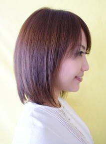 ストレートヘアのサイド、後のシルエットも自然な丸みがあります、前髪はお好みで良さそうですね♪There is also a more natural rounded silhouette side of straight hair, back, bangs ♪ I look good in your favorite!