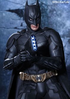 24248edf82 Batman - The Dark Knight Rises  Giant Batman » SPACEart