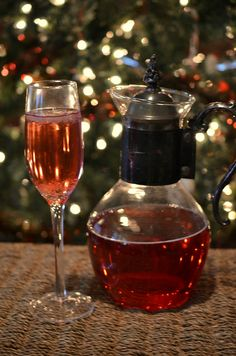 a Martha Stewart recipe.  3/4 cup vodka, chilled 1 1/2 cups cranberry juice crushed ice 3/4 cup champagne, chilled 12 (2-inch-long. 1/4-inch...