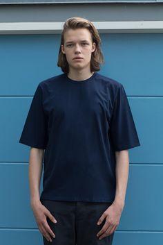 VON HUND Fashion & Design - Menswear Lookbook S/S16, Navy Blue Ove Box-Cut Tee & Anthracite Folcher Pants. Radical Price Transparency.  www.vonhund.com