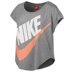 I so have this shirt. Got it at #Academy Loose Nike shirt #Love