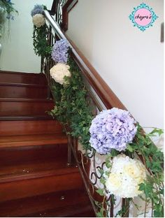 trailing ivy on wedding staircase. Maybe add some tulle? Something white Centrepieces, Table Centerpieces, Wedding Staircase, Future Mrs, Wedding Decorations, Wedding Ideas, Stair Decor, White Tulle, Blue Wedding