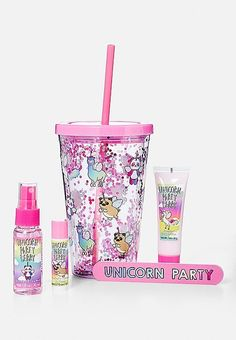 Trendy Gifts For Girls Birthday Tween Shops Unicorn Room Decor, Unicorn Rooms, Unicorn Gifts, Cute Unicorn, Unicorn Party, Unicorn Balloon, Teen Birthday, Birthday Gifts, Color Changing Lipstick