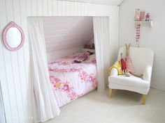 20 Bright Attic Room For Children's | Home Design And Interior