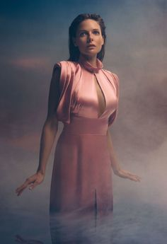 We shared Rebecca Ferguson awesome photoshoot in a pink dress from Flaunt magazine. Rebecca Ferguson Sexy, Rebecca Ferguson Actress, Rebecca Fergusson, Flaunt Magazine, Swedish Actresses, Female Actresses, British Actresses, Prada Dress, Hollywood Celebrities