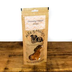 Crunchy Veggie Crisps from Alfie & Molly's. A delicious combination of carrot, sweet potato and butternut squash in an organic turmeric and organic raw coconut oil flavouring. Made in the UK. Pet Treats, Healthy Dog Treats, Raw Coconut Oil, Natural Dog Treats, Organic Turmeric, Butternut Squash, Carrot, Sweet Potato, Crisp