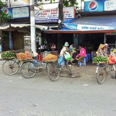 Fruitcycle merhants having a well earned pho break. Ho Chi Minh City, Phan, Wellness, Culture, Unique, Instagram, Food, Around The Worlds, Essen