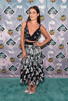 Pin for Later: Seht alle Stars auf dem roten Teppich der Teen Choice Awards Lea Michele in Self-Portrait