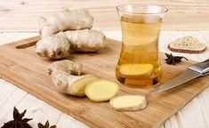 Lemon ginger tea not just sounds deliciously soothing but also has many benefits for the skin hair and health In this article we list all of the above benefits. Lemon And Ginger Detox, Ginger Tea, Relieve Gas And Bloating, American Cocktails, Lemon Uses, Italian Chicken Recipes, Stuffed Hot Peppers, Detox Drinks, Eating Habits