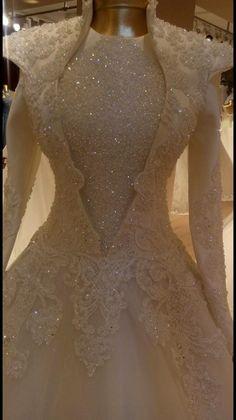Muslim Wedding Gown, Muslim Wedding Dresses, Bridal Wedding Dresses, Dream Wedding Dresses, Lovely Dresses, Beautiful Gowns, Pretty Quinceanera Dresses, Moda Paris, Bride Gowns