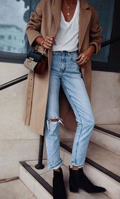 Fall winter look | Beige coat | Ripped jeans | Whi... - #Beige #coat #fall #jeans #Ripped #street #Whi #winter