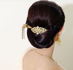 41 Best Thai Bridal Low Buns Images In 2019 Low Buns Hair