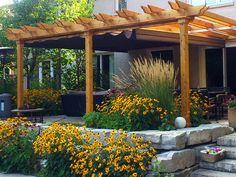 Pretty pergola idea for the backyard...