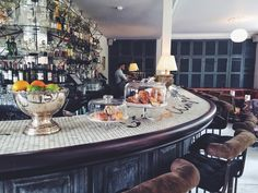 Greenhouse Lunching & Offbeat Hunting in East London