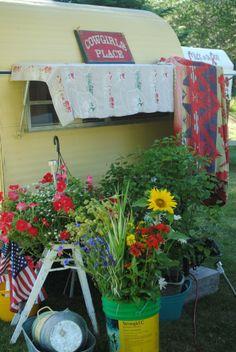 camping glamping vintage trailer