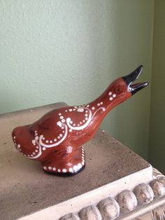 Red ware pie bird - this would make an awesome addition to my collection! <3