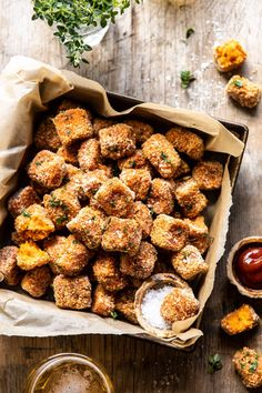 baked sweet potato parmesan tater tots Autumn Appetizer The 30 Most Popular Fall Recipes.I'm including my personal favorites too! Healthy Recipes, Cooking Recipes, Fingers Food, Chicken Fingers, Sweet Potato Skins, Sweet Potato Tater Tots, Crispy Sweet Potato, Half Baked Harvest, Le Diner