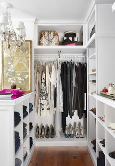 Offene Kleiderschranksysteme - begehbare Kleiderschränke und Ankleideräume -