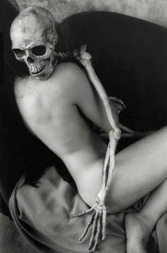 embrace | hug | cuddle | skull | skeleton | nude | art | death | comfort