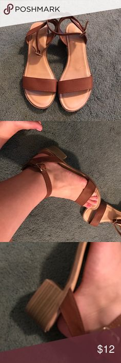 Tan brown sandals Cute sandals with a chunky heel from Old Navy. Can be dressed up or down Old Navy Shoes Sandals