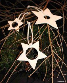 Lav selv tyndt og hvidt stjernepynt af selvhærdende ler og en rå væge… (via Bloglovin.com )