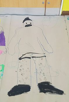 I was really stoked to have some boys sign up for class along with the girls, here is the beginning of HC's self portrait, looking forward to seeing what additions will be made in the coming weeks.Great job 😊
