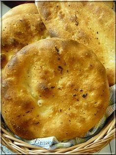 Limara péksége: Fokhagymás-kacsazsíros kenyérlángos