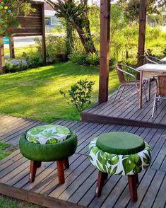 Diy Furniture Decor, Pallet Garden Furniture, Diy Furniture Table, Outdoor Furniture Sets, Outdoor Decor, Diy Garden Projects, Diy Home Decor Projects, Home Crafts, Tire Garden