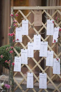 New Seating Boda Biombo 68 Ideas Wedding Signs, Wedding Favors, Wedding Decorations, Wedding Ideas, Wedding Reception Seating, Rustic Wedding, Wedding Table, Wedding Sitting Plan, Wedding Mirror