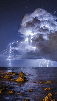 Huge lightning storm over the ocean. Lightning Photography, Storm Photography, Landscape Photography, Nature Photography, Nature Pictures, Cool Pictures, Beautiful Pictures, Beautiful Nature Wallpaper, Beautiful Landscapes