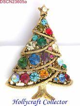 23605a -  Rare Vintage Multi Color Stones Hollycraft Christmas Tree Pin