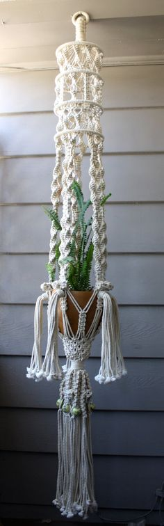 Vintage Macramé Plant Hanger by ReFindery on Etsy Macrame Design, Macrame Art, Macrame Projects, Macrame Knots, Art Macramé, Dorm Room Crafts, Macrame Plant Holder, Macrame Curtain, Macrame Patterns