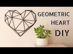Today I'm sharing a minimalist decor idea for Valentine's day. I made this geometric heart with bamboo skewers and I love the result! I hope you. Geometric Heart, Geometric Wall Art, Deer Wall Art, Love Wall Art, Diy Straw, Heart Wall Decor, Geometric Sculpture, Heart Diy, Ideias Diy