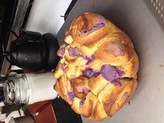 Taro/ube pull apart bread