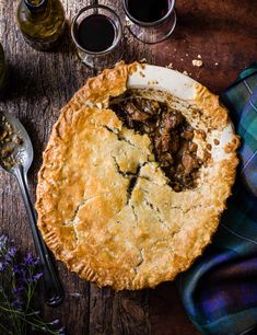 This is a twist on a classic steak and ale pie, swapping out the chunks of beef for mixed, diced game – this could include venison, wild boar, partridge and pheasant pieces Venison Pie, Beef Pies, Venison Recipes, Wild Game Recipes, Meat Recipes, Cooking Recipes, Curry Recipes, Ale Pie, Steak And Ale