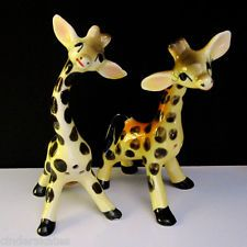 SWEET GIRAFFES ~ JAPAN ~ Vintage S&P Salt And Pepper Shaker Set Pots