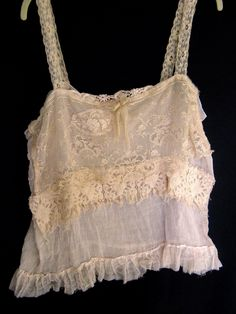 Lacey tanks...always...all colors...with jeans! PARIS Rags: Simple beauty.....