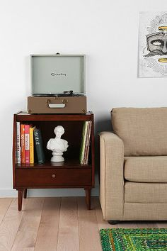 record, record player stand.