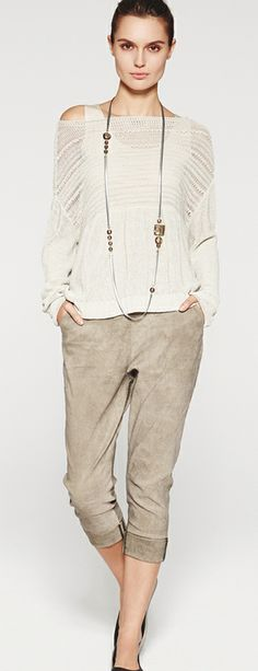 Sarah Pacini 2014 Collection if top is winter or champagne white for redheads