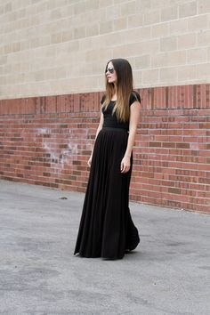 Maxi skirt with slits, tutorial by Cotton And Curls DIY blog.
