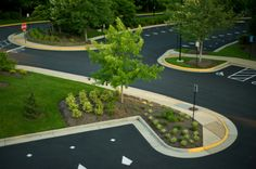 #CompleteLandscapingService www.completelandscapingservice.com We can help you achieve this look for your commercial property.