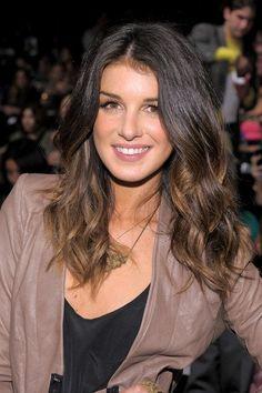 Shenae Grimes -- perfect hair color