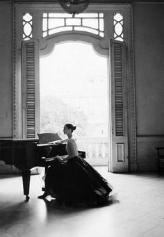 Kate Moss fashionably playing the piano in Havana. Meet Me in Havana. Photograph by Patrick Demarchelier. Harper's Bazaar US, May Demarchelier's (French, photos regularly appear in Vogue,. Le Piano, Piano Room, Piano Music, Piano Songs, Piano Keys, Patrick Demarchelier, Home Music, Steven Meisel, We Are The World