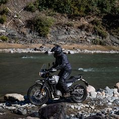 Himalayan Royal Enfield, Call Maybe, Royal Enfield Accessories, India Travel, India Trip, Enfield Motorcycle, Moto Style, All Brands, Bobber